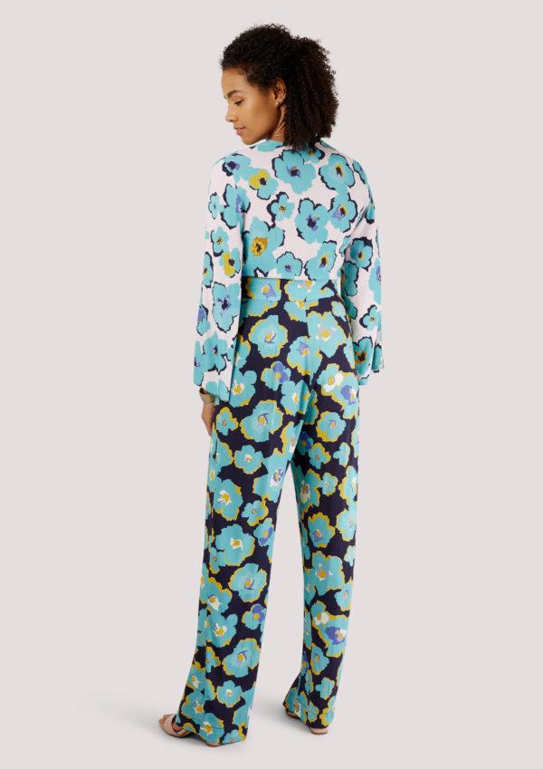 f4b9b0ca355 Floral Long Sleeve Jumpsuit – Divine Boutique