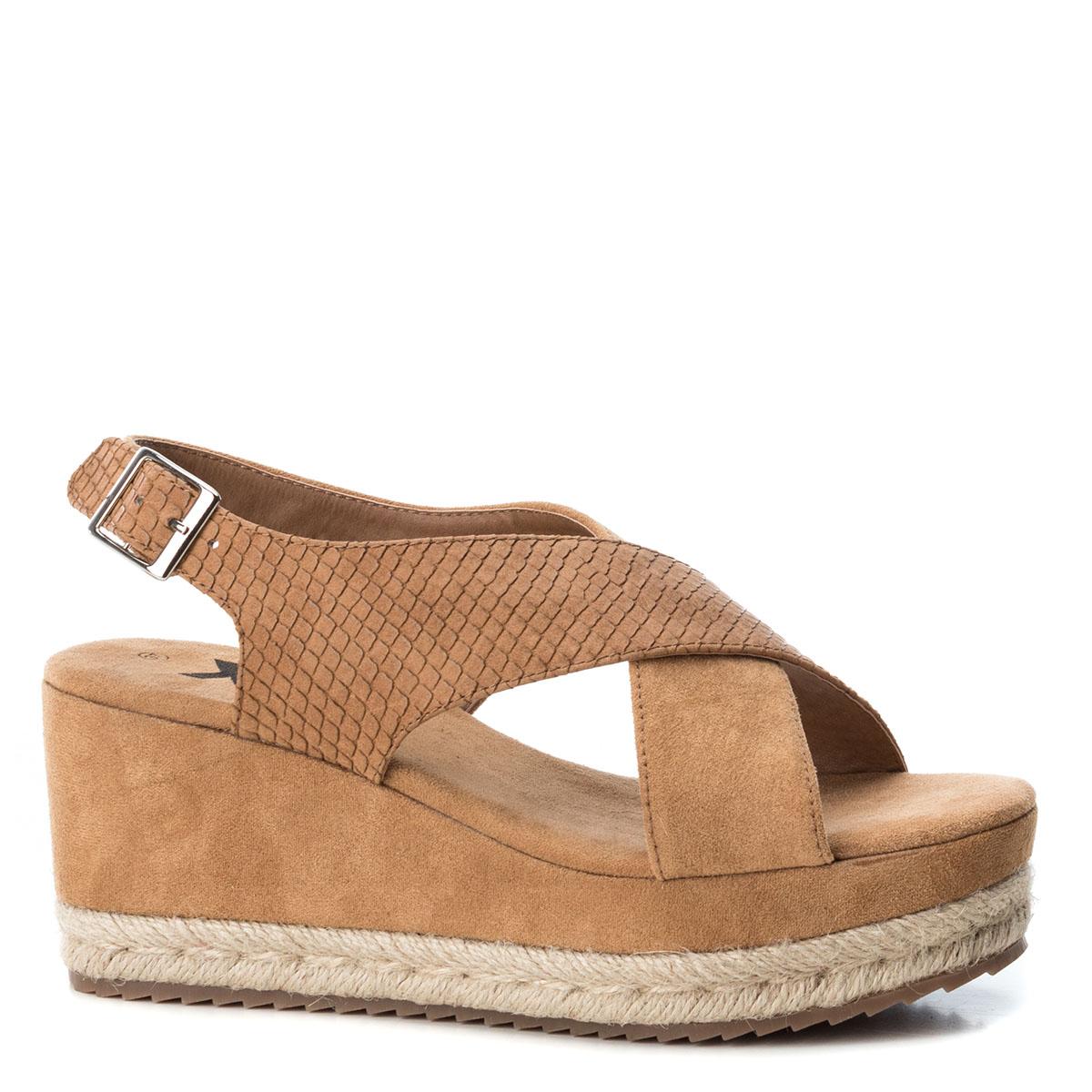 bc95e45a730 Camel Platform Sandals – Divine Boutique